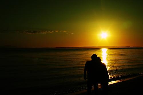 Comenzar una relación de pareja provoca la pérdida de los amigos más cercanos