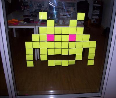 El juego del viernes - Office Invaders